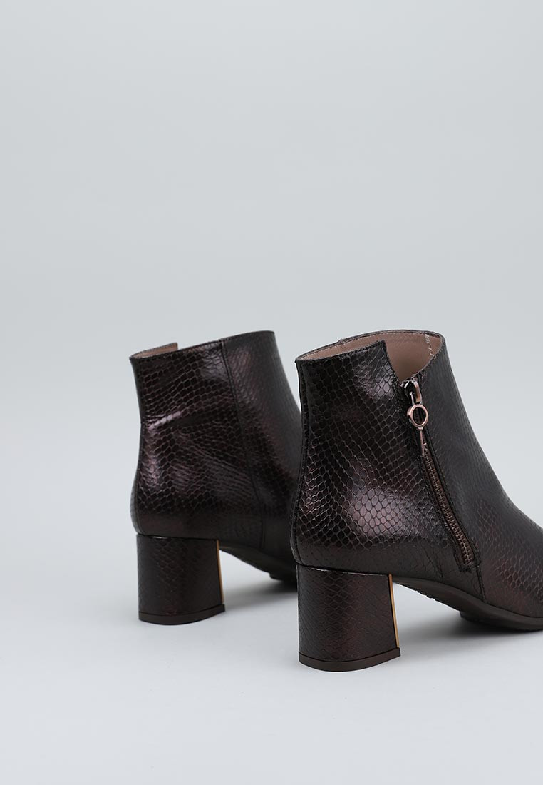 zapatos-de-mujer-hispanitas-bronce