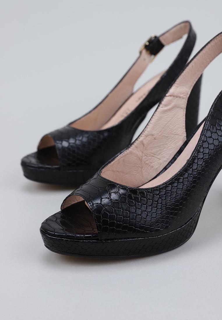 sandra-fontán-valencia-negro