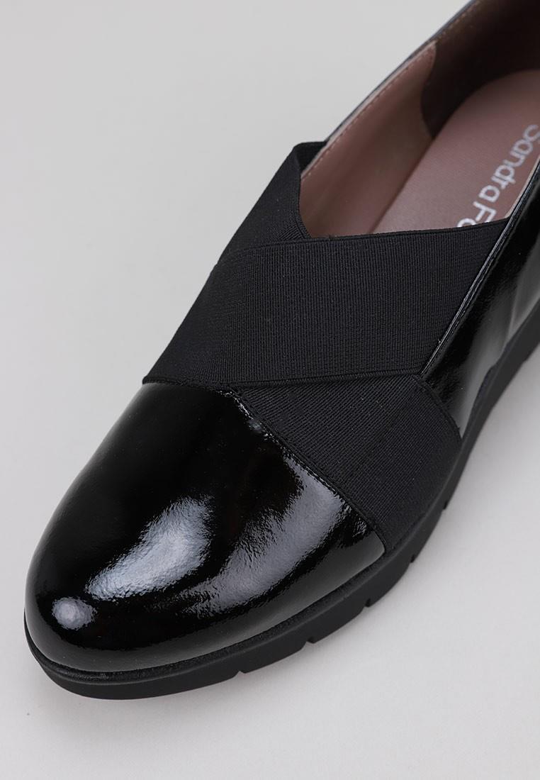 sandra-fontán-wendy--negro