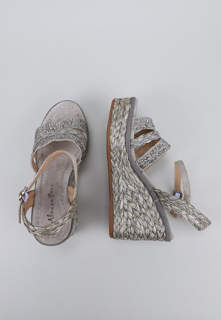 alma-en-pena-zapatos-de-mujer