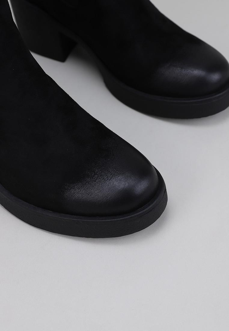 mustang-58656-negro