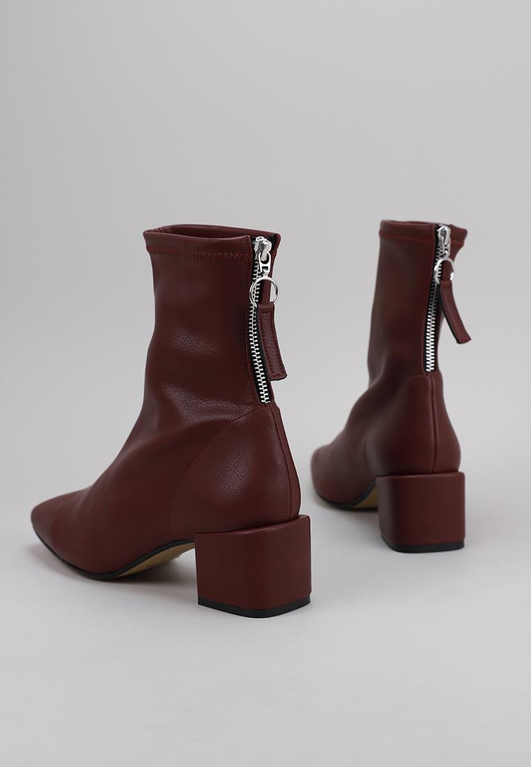 zapatos-de-mujer-staff-collection-burdeos
