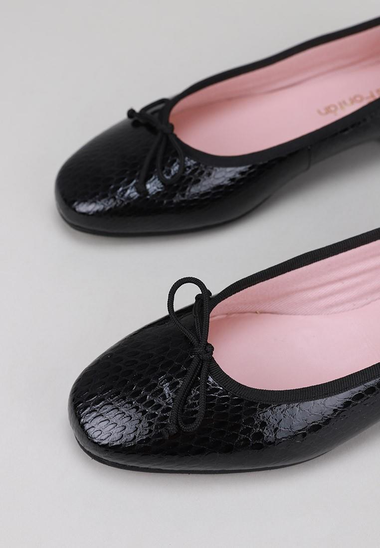 sandra-fontán-lacy-negro