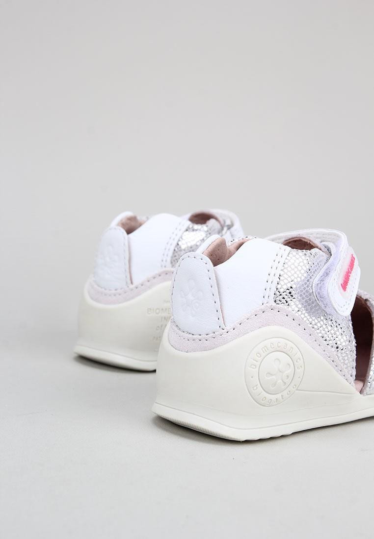 zapatos-para-ninos-biomecanics-plata