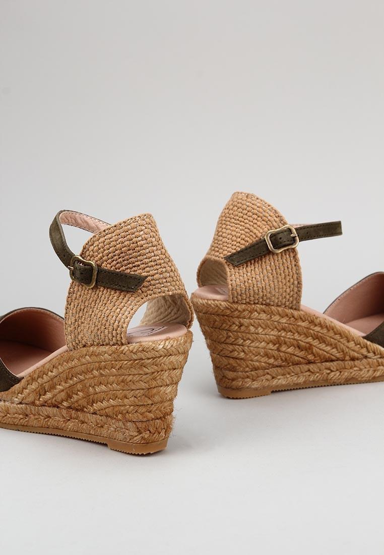 zapatos-de-mujer-gaimo-caqui