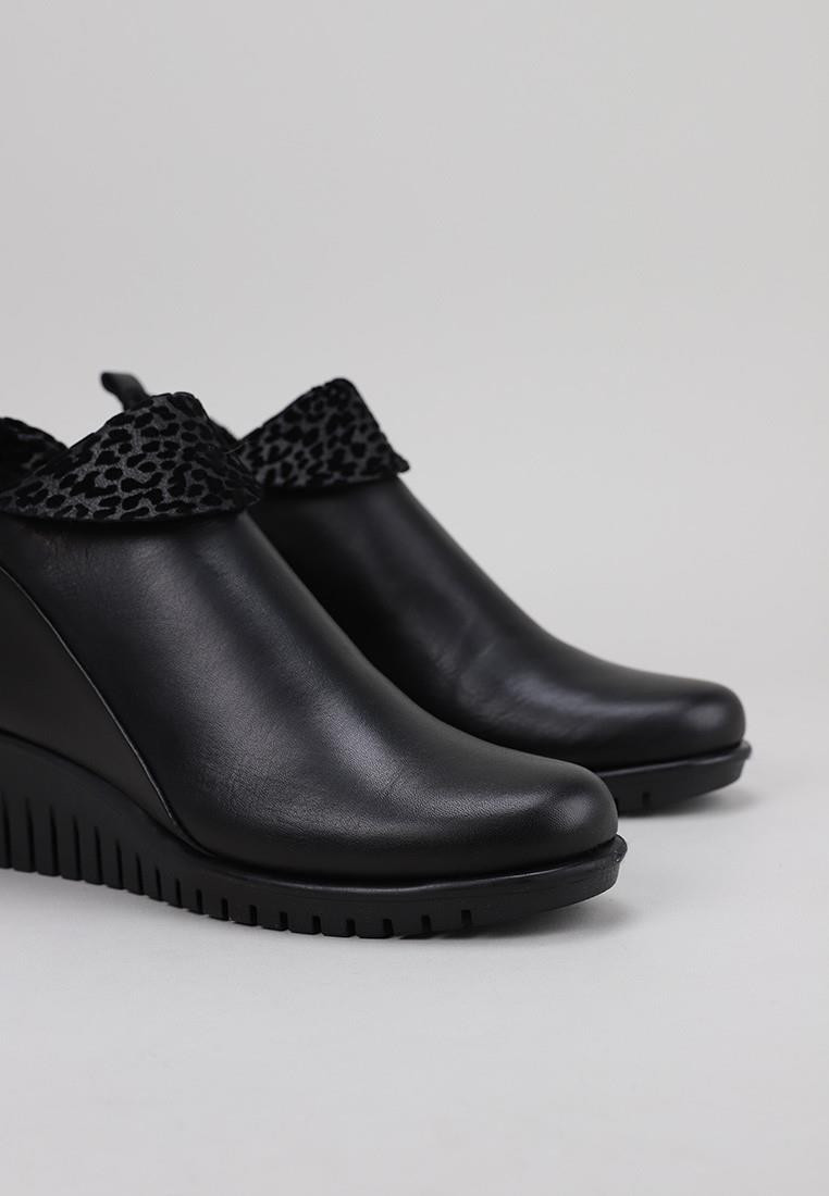 botines-tacon-flexx-negro