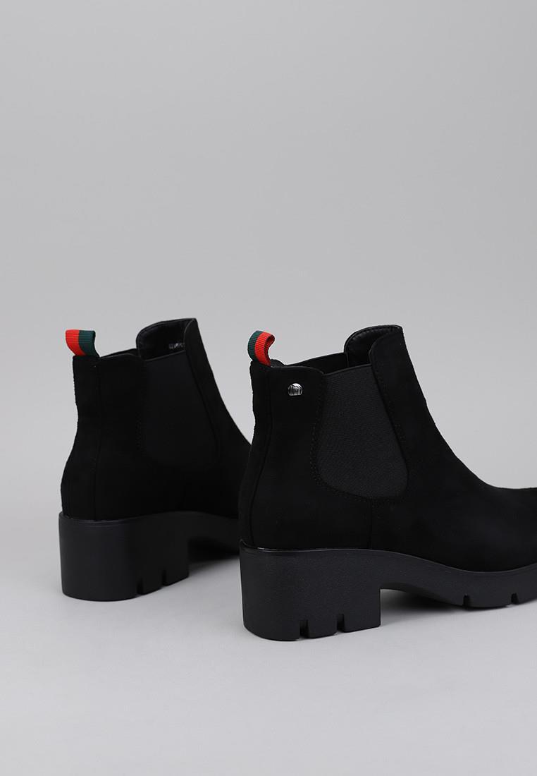 botines-tacon-mustang-negro