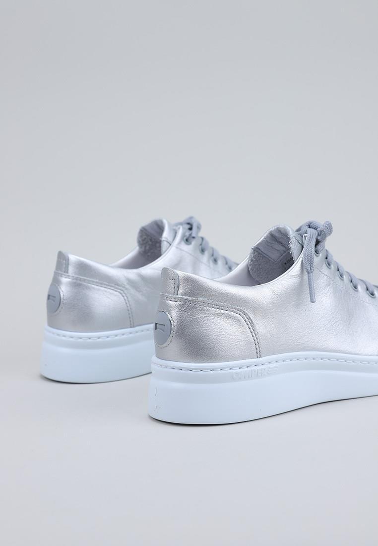 zapatos-de-mujer-camper-plata