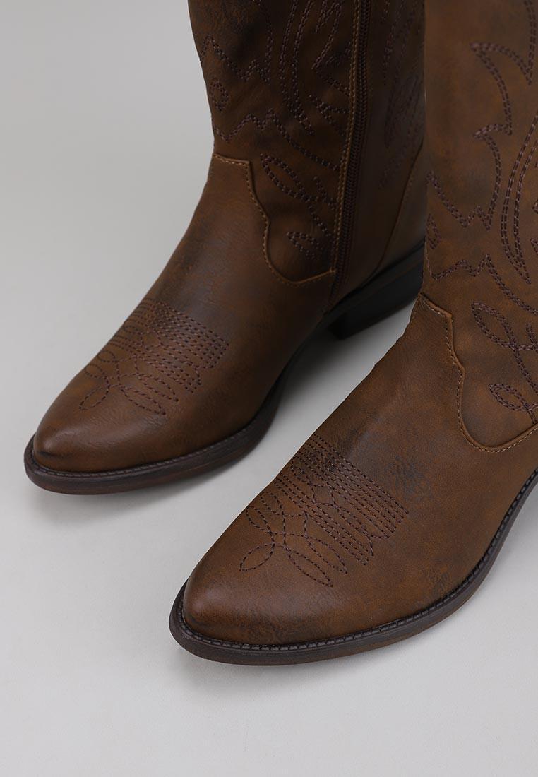 mustang-58662-marrón