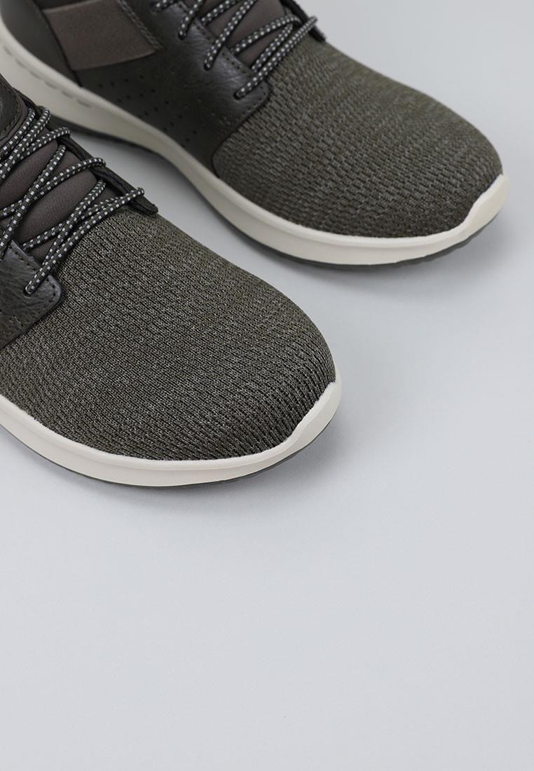 zapatos-hombre-skechers-caqui