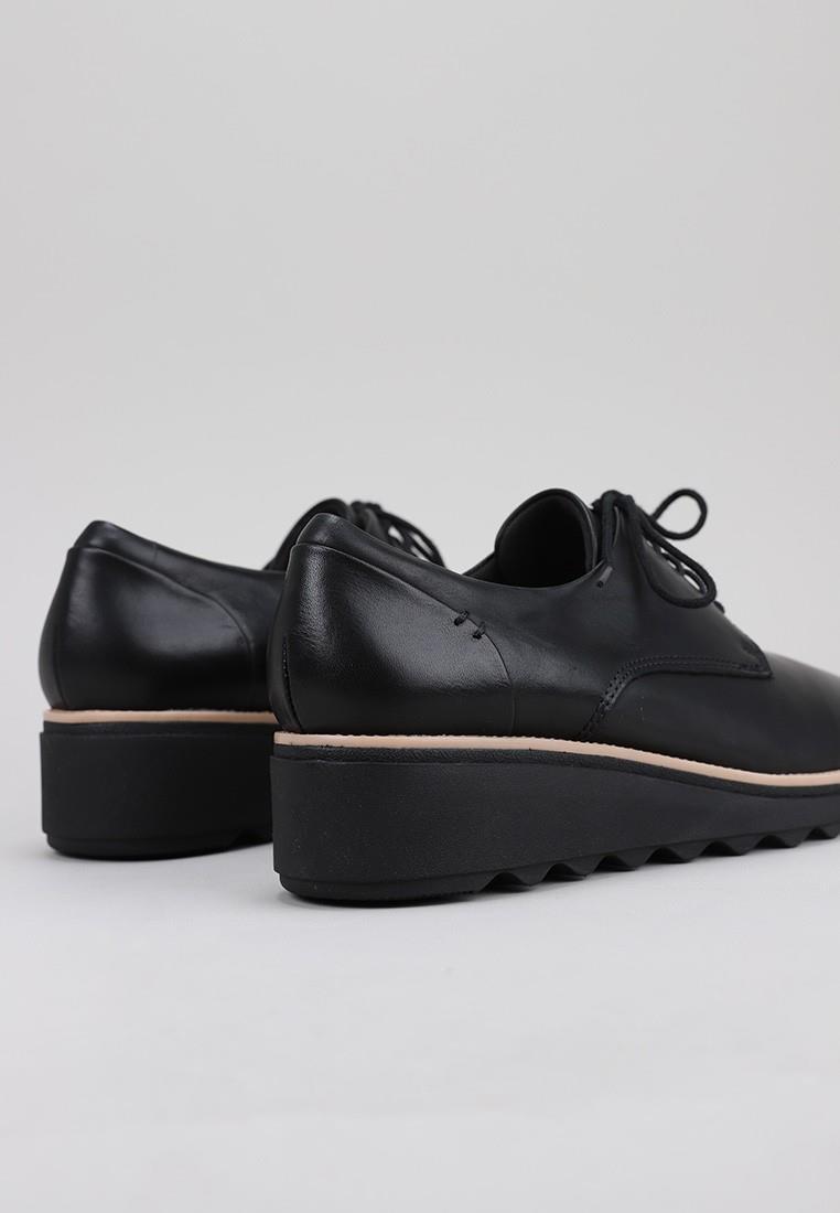 zapatos-de-mujer-clarks-negro