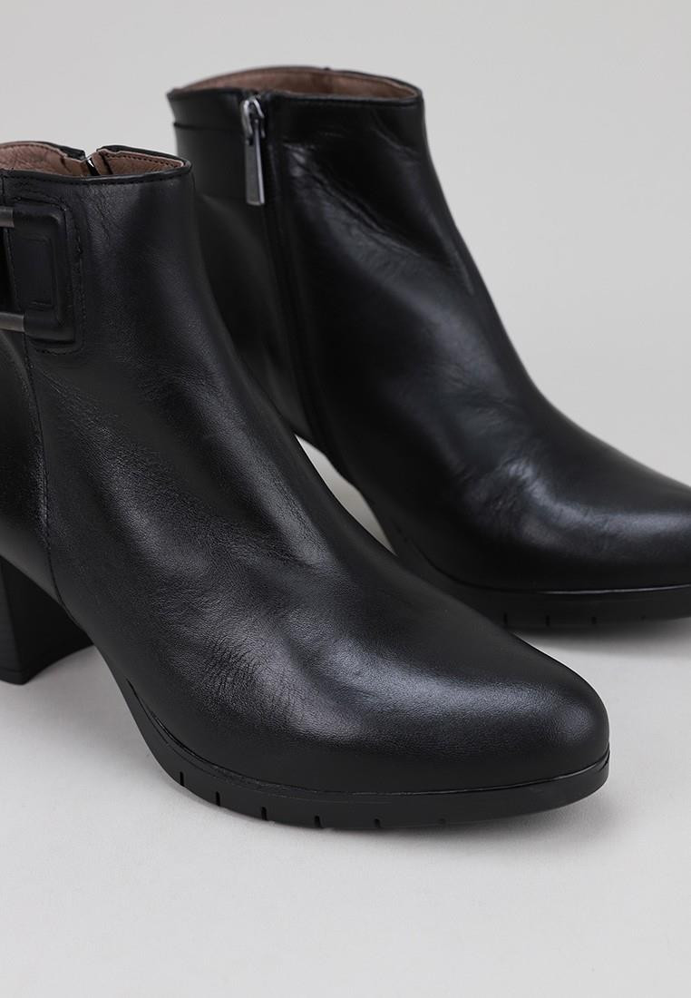 sandra-fontán-2135-negro