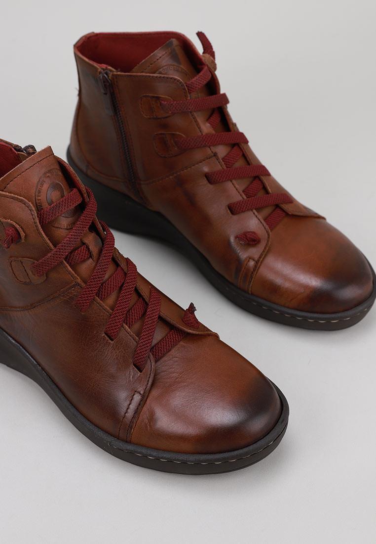 erase-15007-marrón
