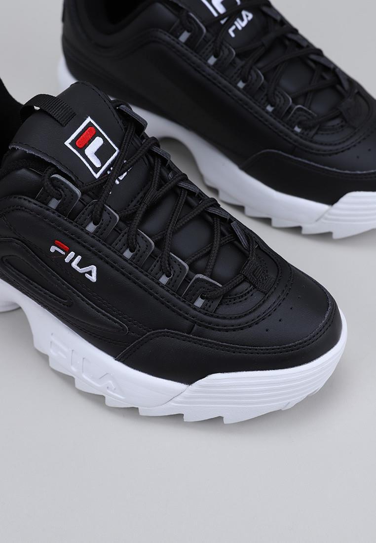 fila-disruptor-low-wmn-negro