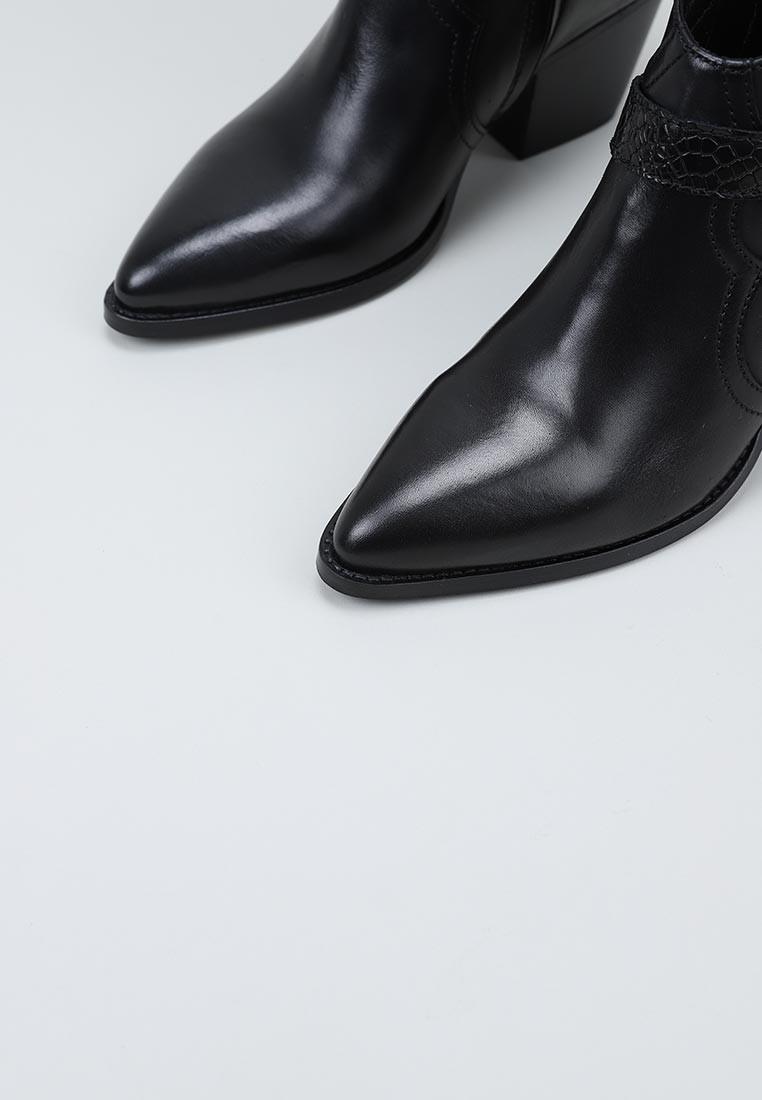 lol-6780-negro