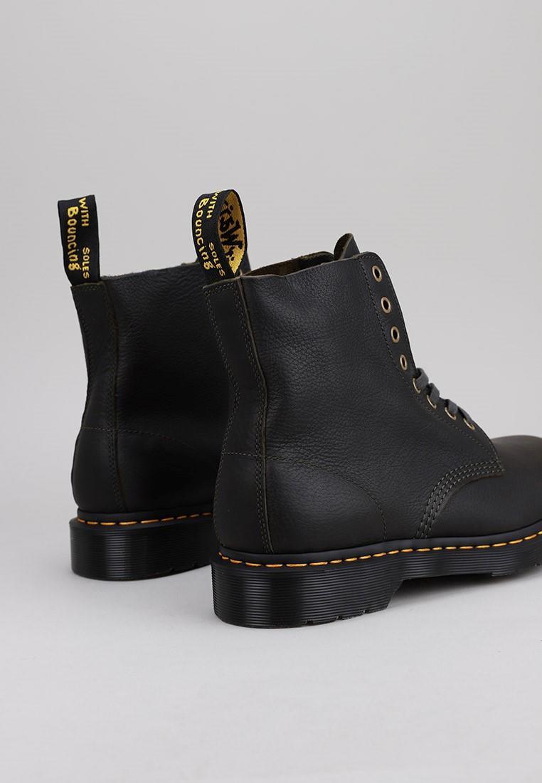 zapatos-hombre-dr-martens-caqui