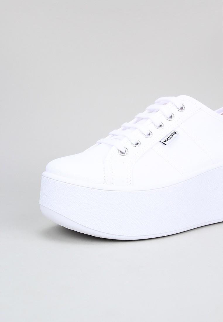 victoria-1102100-blanco
