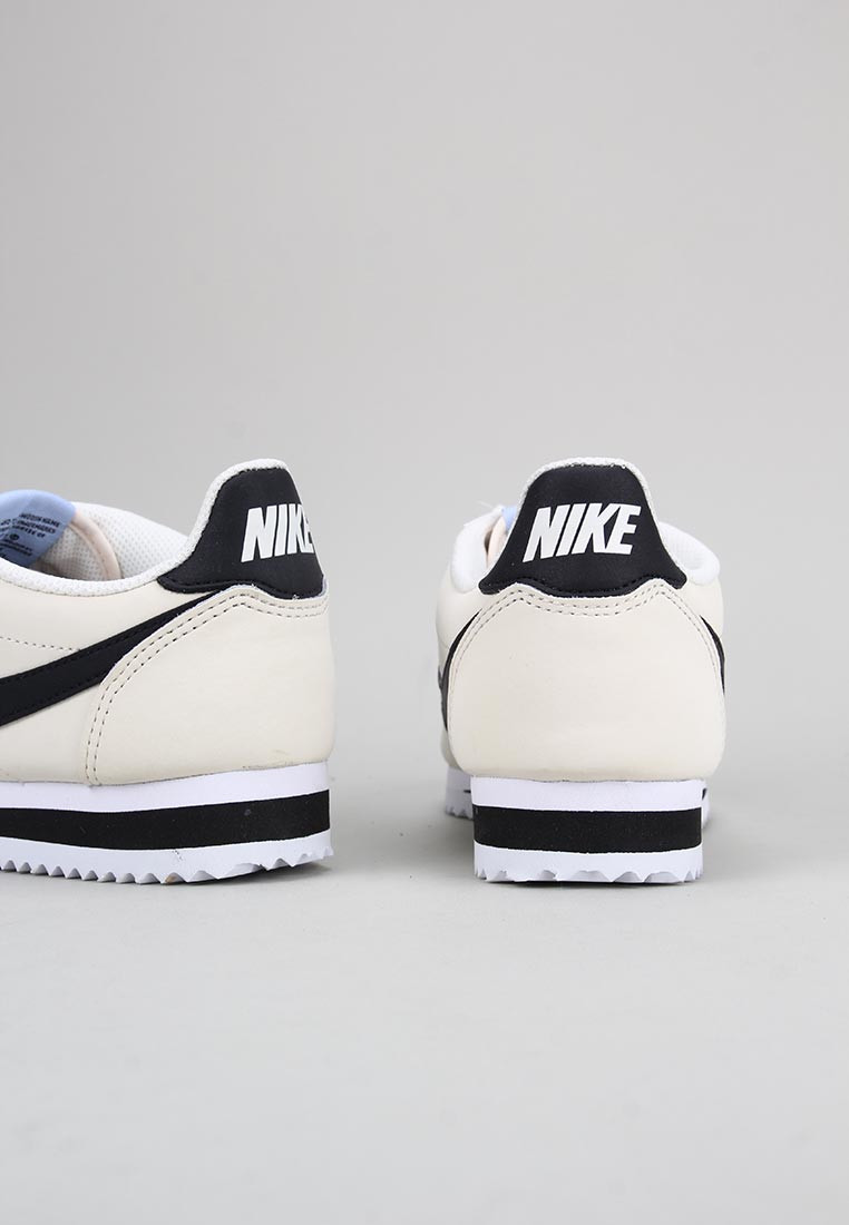 zapatos-de-mujer-nike-beige