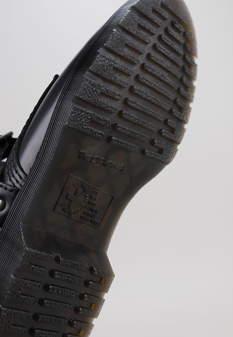 zapatos-de-mujer-dr-martens-1460-harness