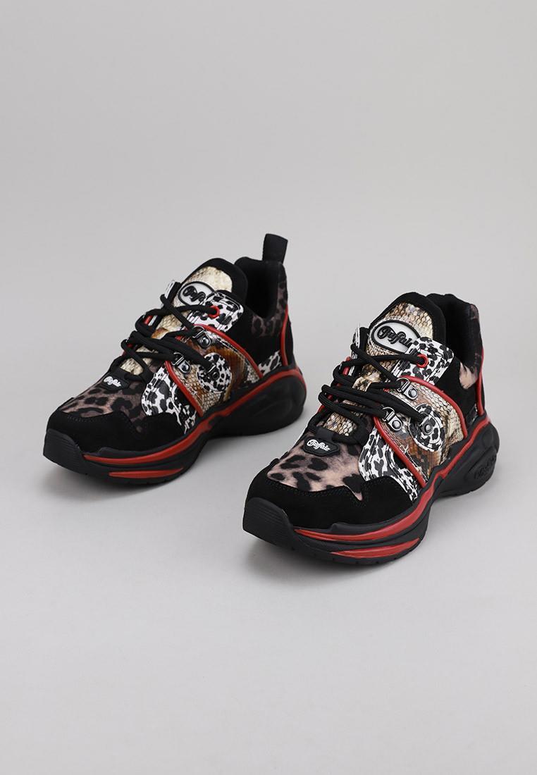 buffalo-london-cray-/-kicks